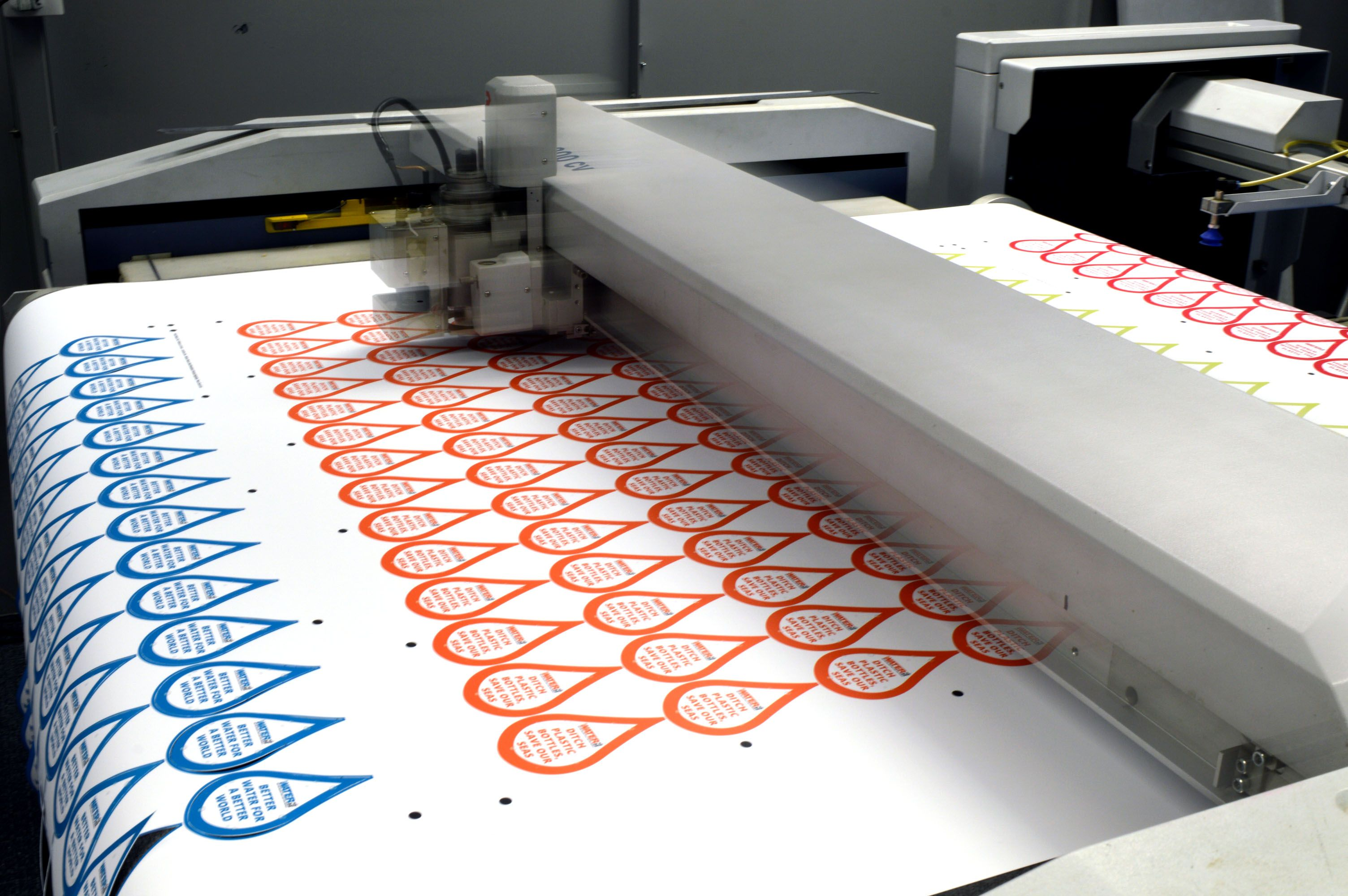 Custom_stickers_being_printed_on_a_flatbed_cutter.jpg